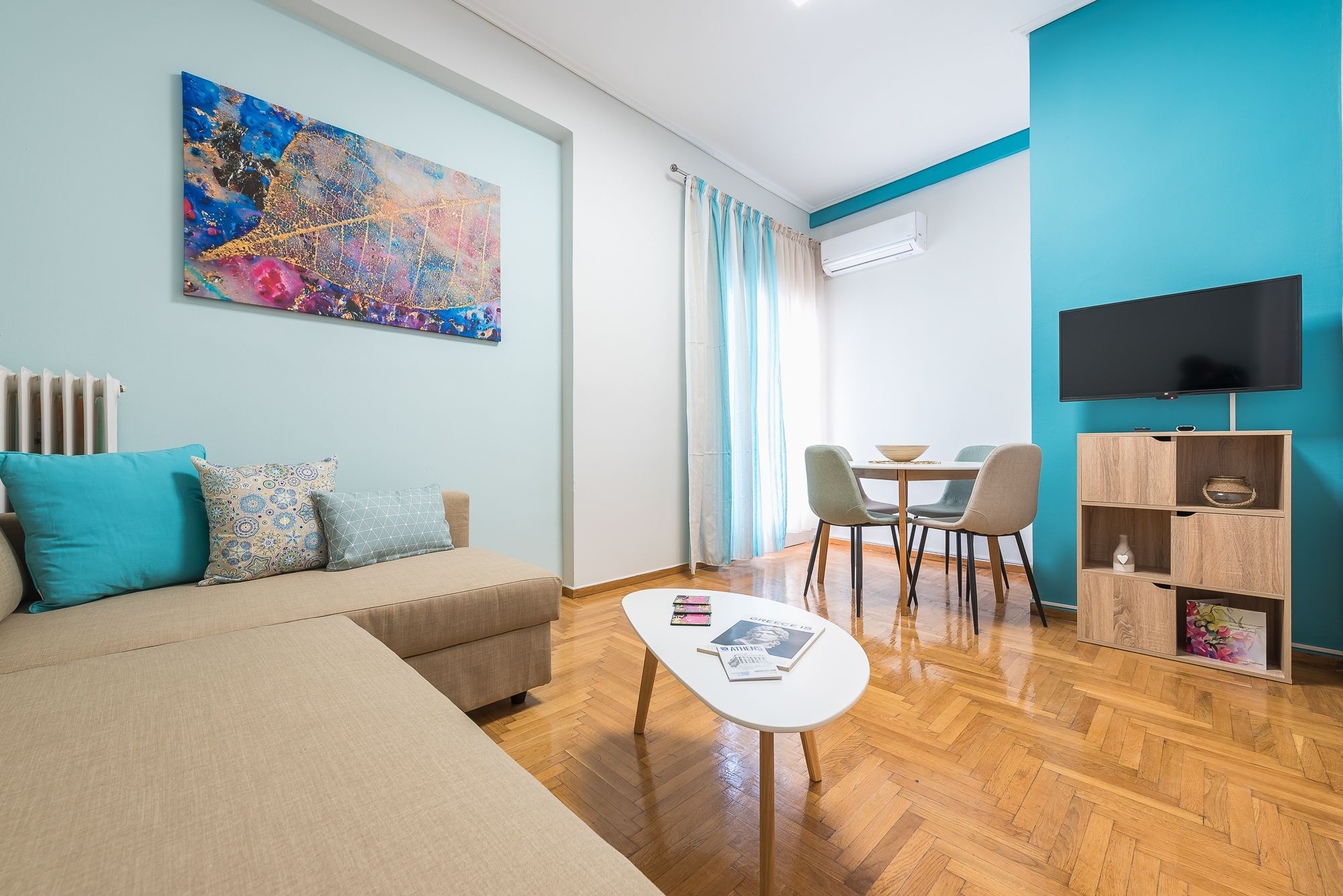 Warm Delightful Acropolis Apartment