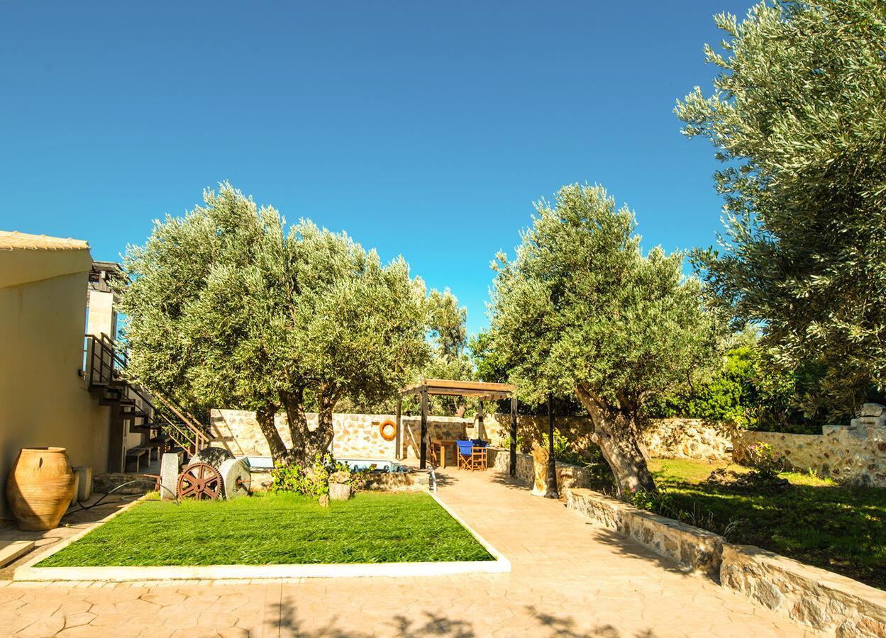 Villa Lyraris