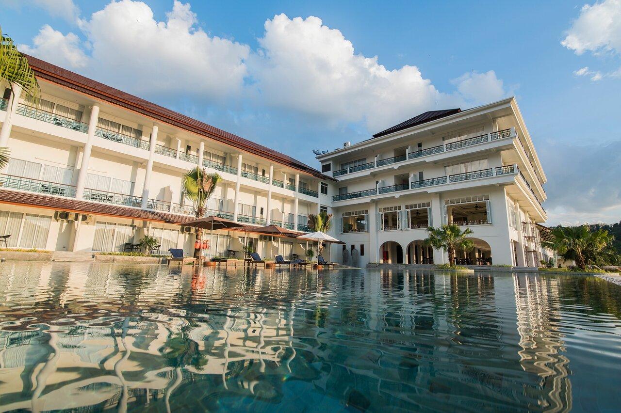 Katathong Golf Resort And Spa