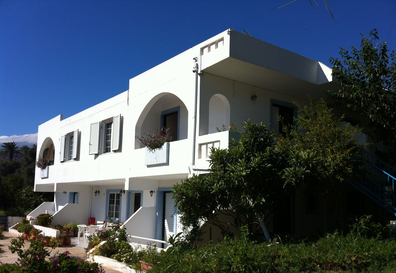 Emilia Apartments