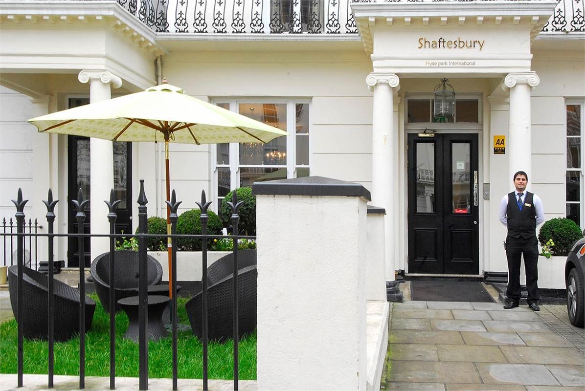 Shaftesbury Hyde Park International