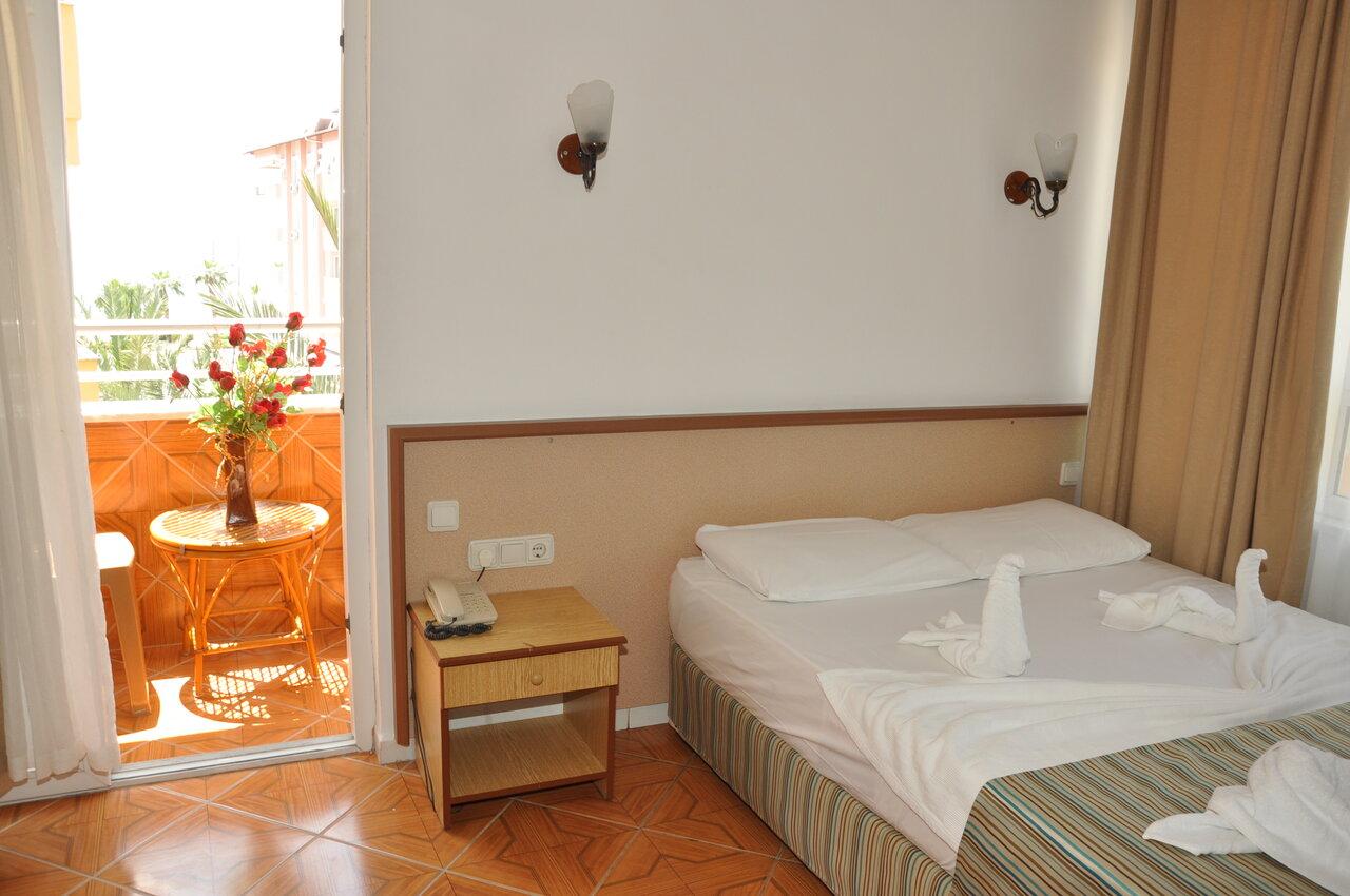 Ozcan Hotel