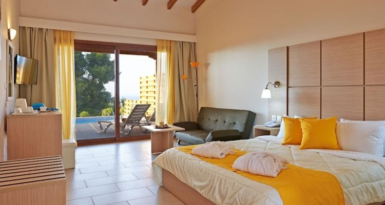 Alia Palace Hotel - Adults Only 16+