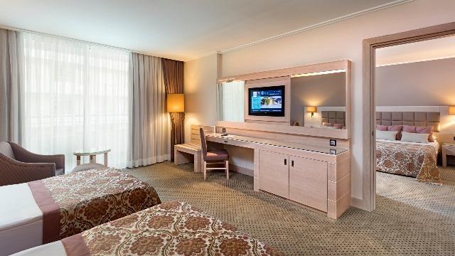 Miracle Resort Hotel