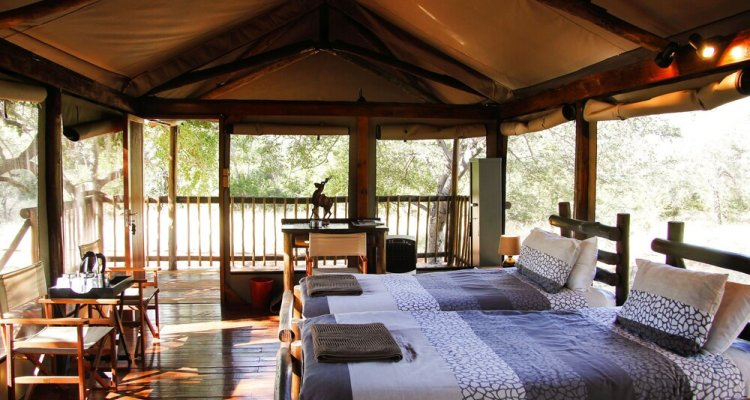 Iphofolo Lodge