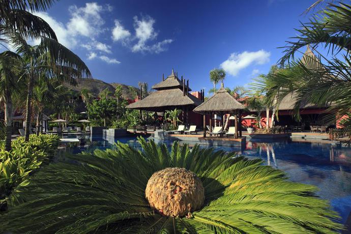 Asia Gardens, A Royal Hideaway Hotel