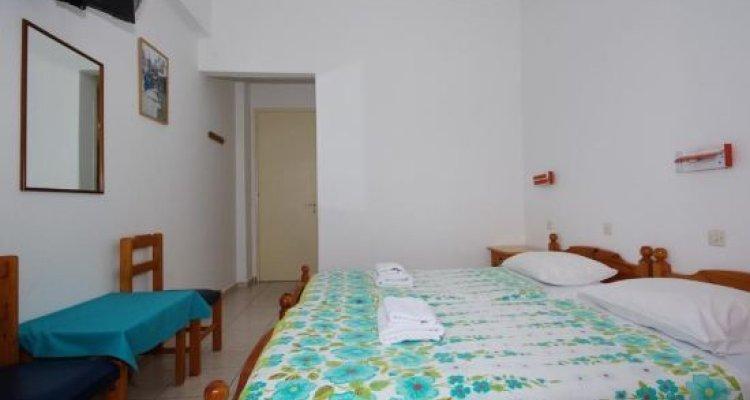 Nikos Rooms