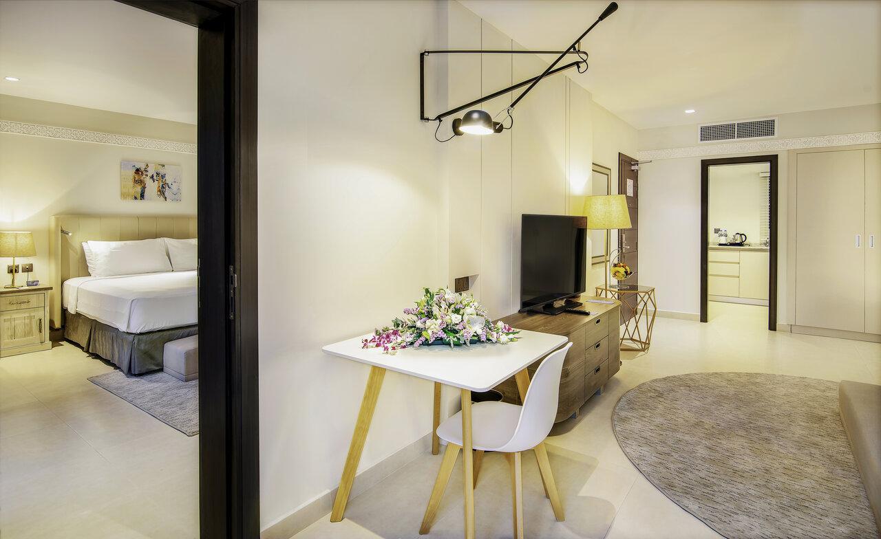 Radisson Blu Hotel & Resort, Al Ain
