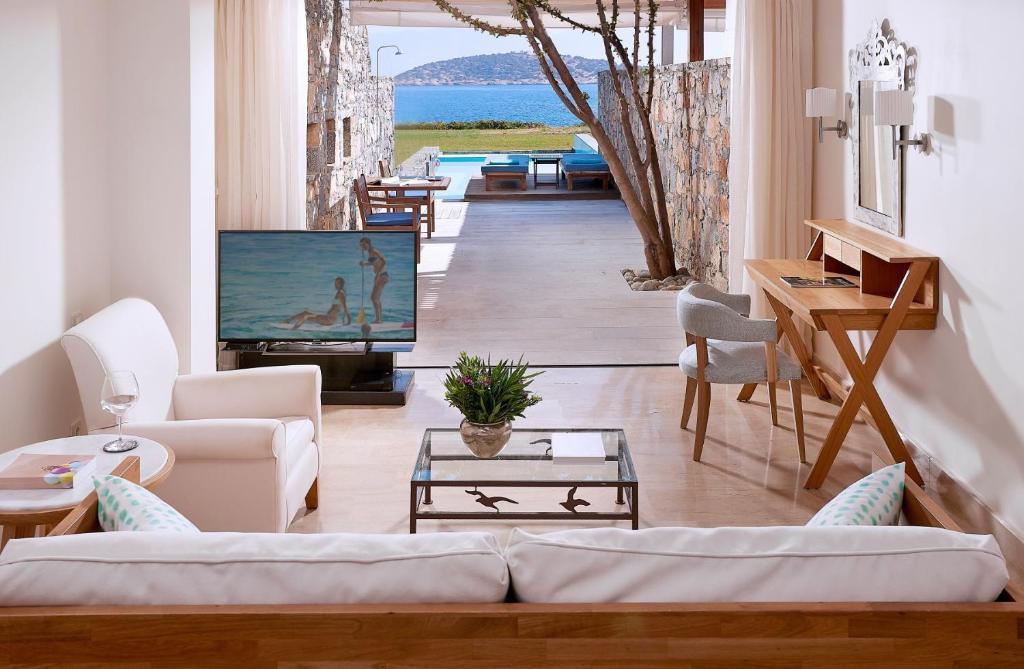 St. Nicolas Bay Resort Hotel & Villas