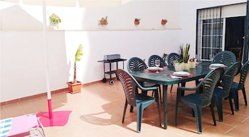 1147 Apartment Alazan