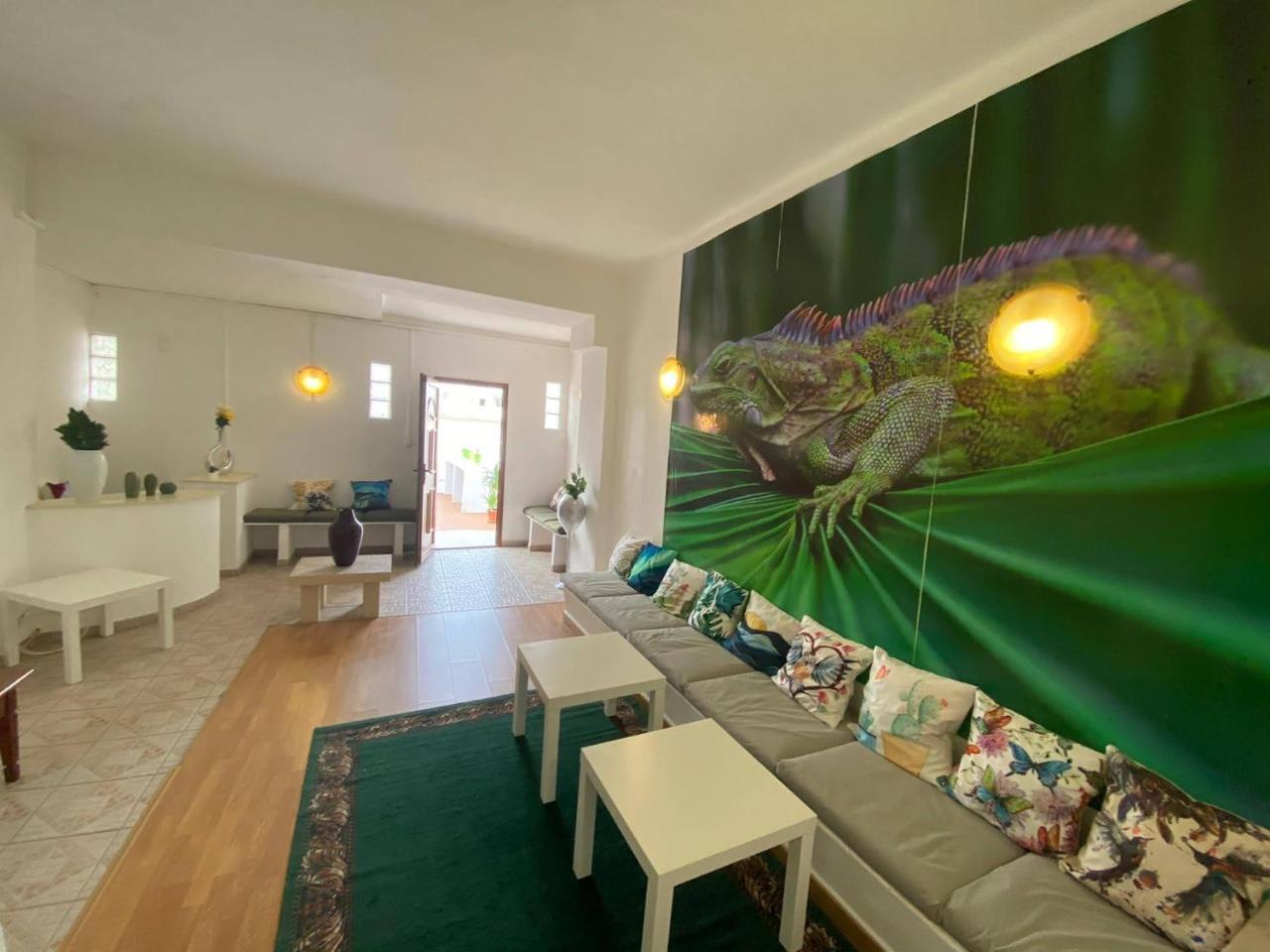 Iguana Guesthouse