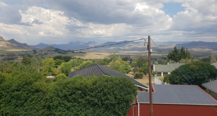 Knock Out View Clarens
