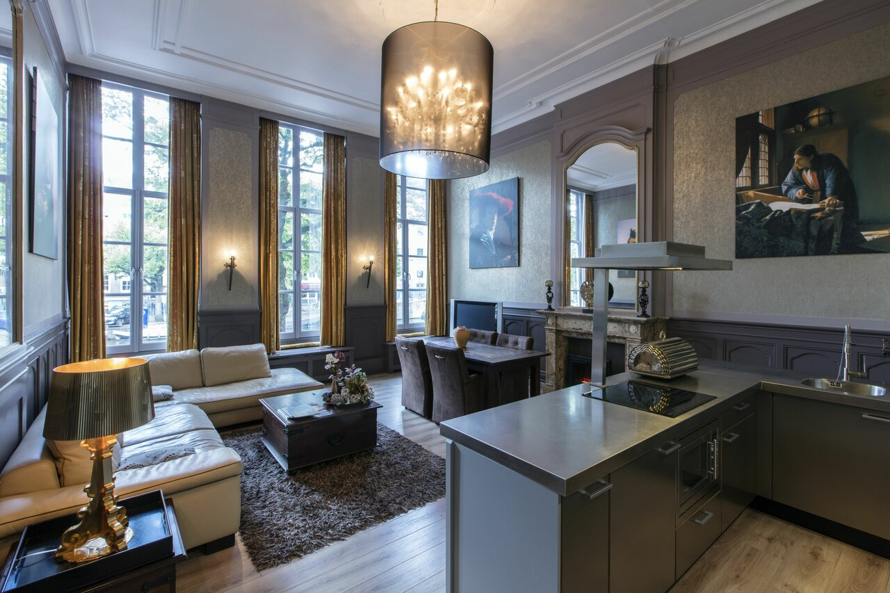 Dutch Masters Short Stay Apartments