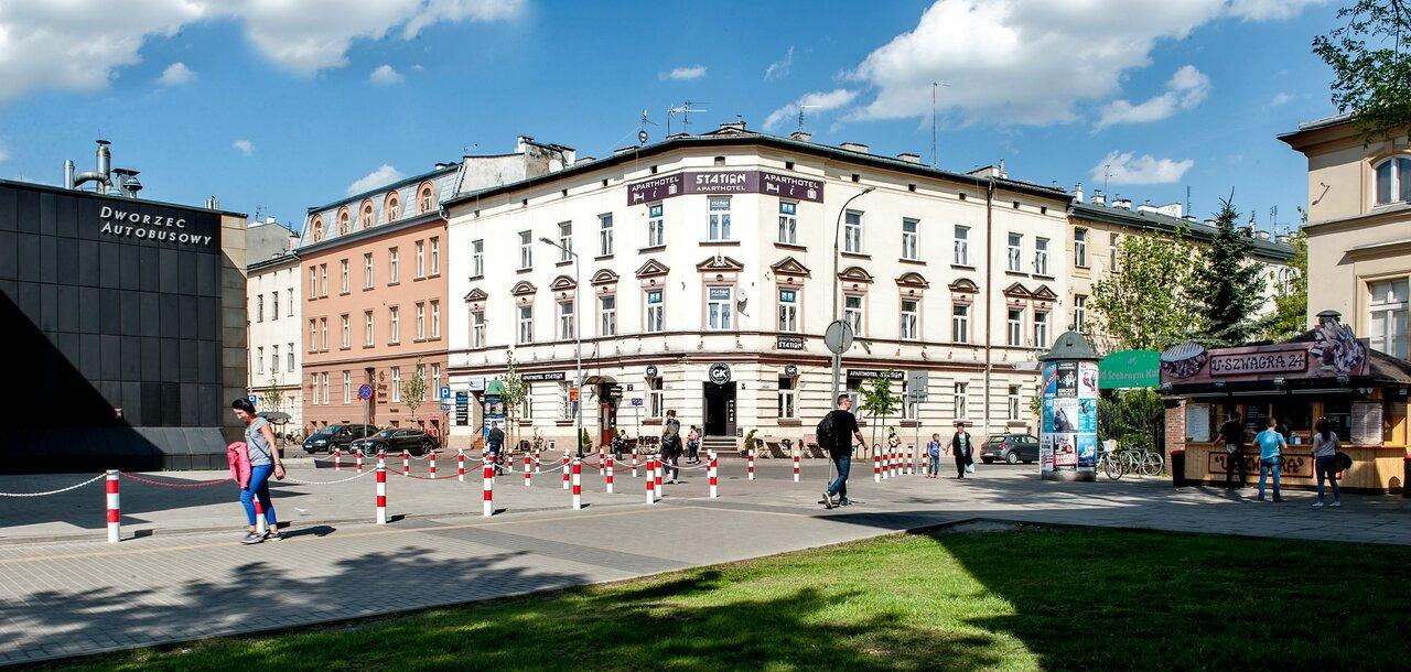 Station Aparthotel
