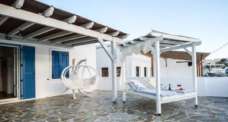 The Veranda of Gavrion - Premium Cycladic House