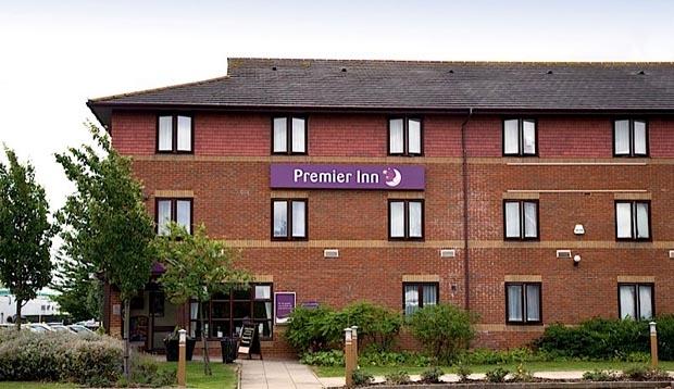 Premier Inn Huntingdon (a1/a14)
