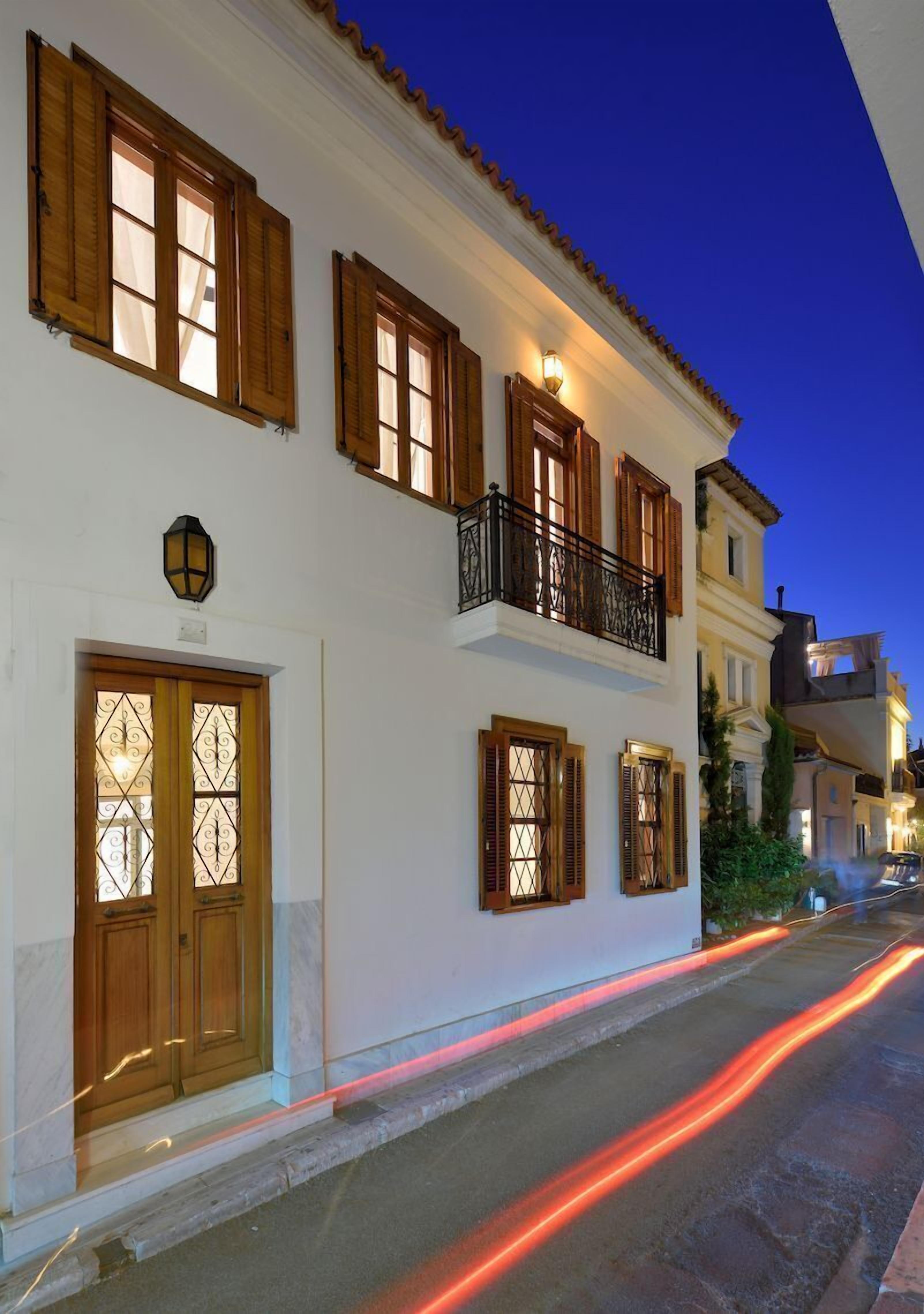 Aldis Plaka Mansion By Kandk