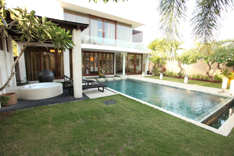 The Wangsa Hotel & Villas