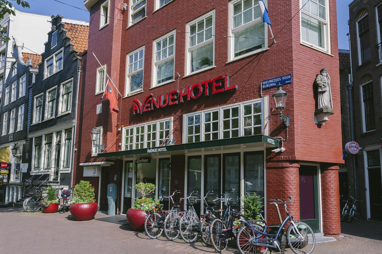 Avenue Hotel