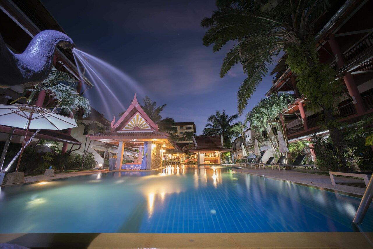 Phuket Resort Sai Rougn Residence