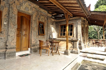 Yuliati House