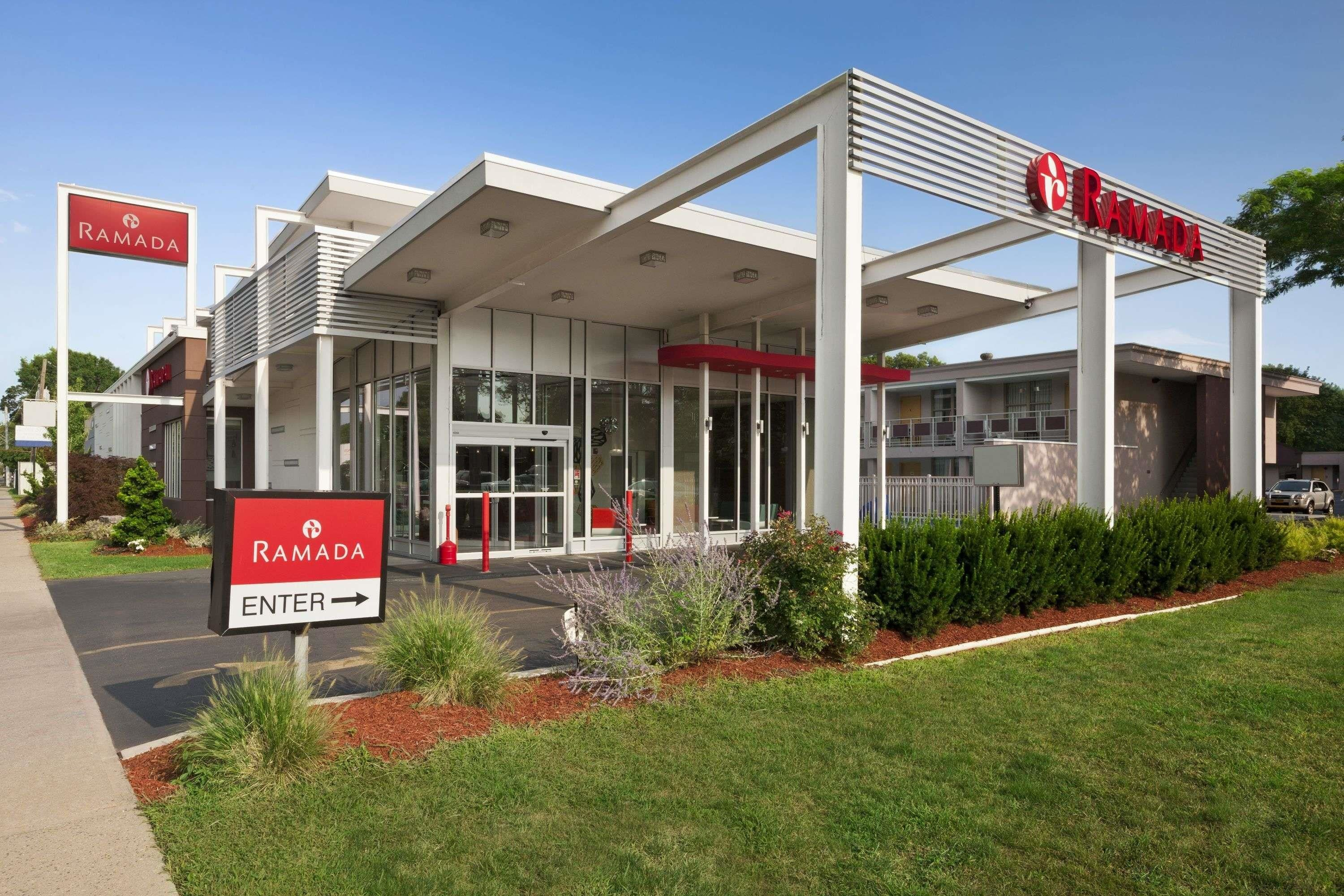 Ramada Inn and Suites of Rockville Centre