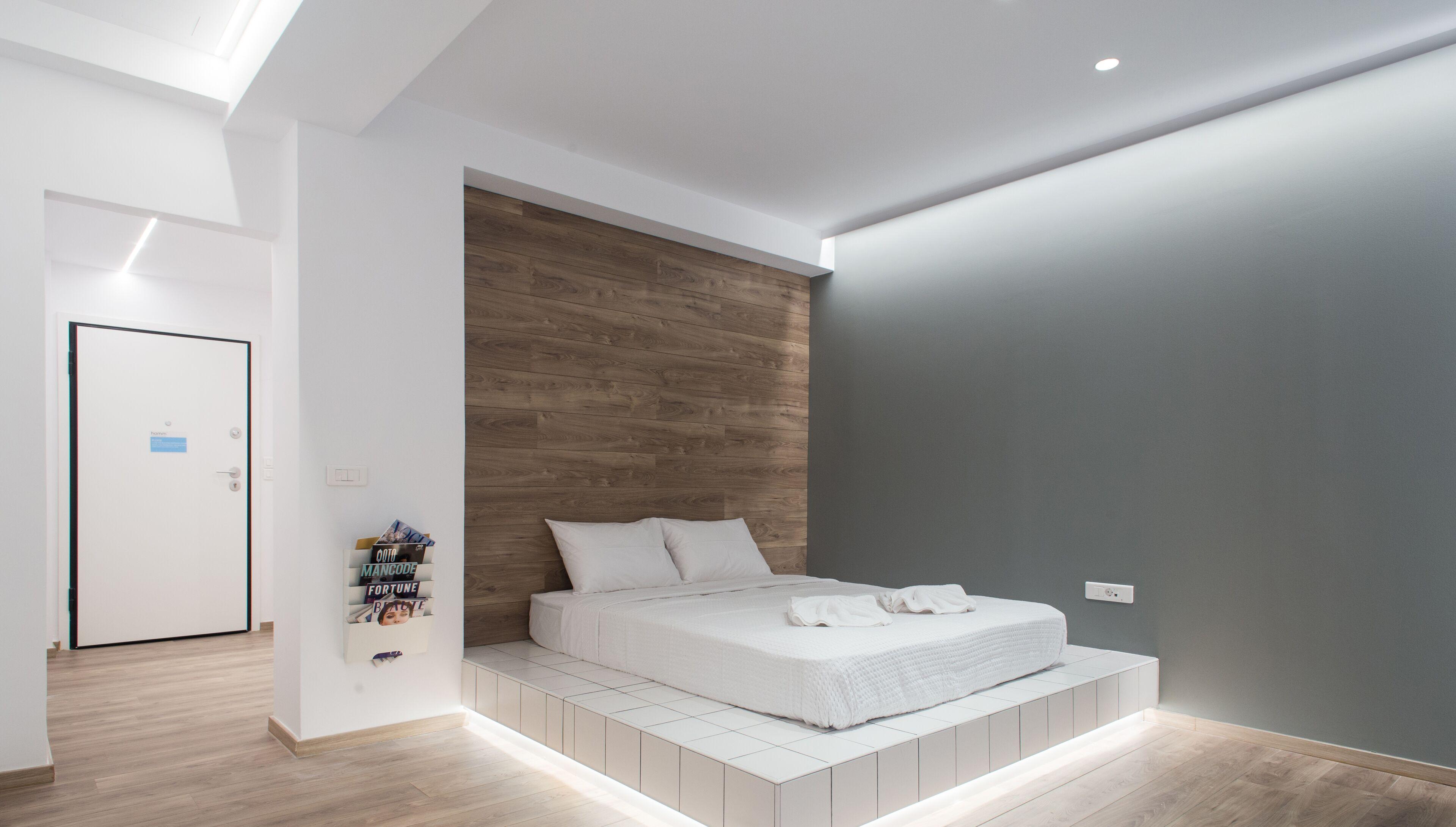 35m² Modern Renovated Studio In Psyri Korinis Str