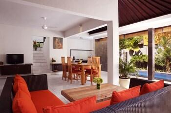 Samaja Villas Beachside