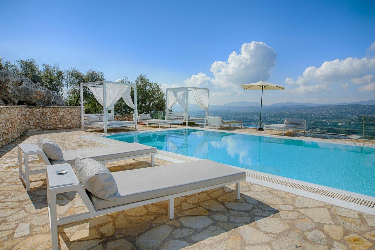 Luxury Villas Monika