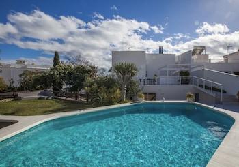 Luxury Apartments Villa San Salvador
