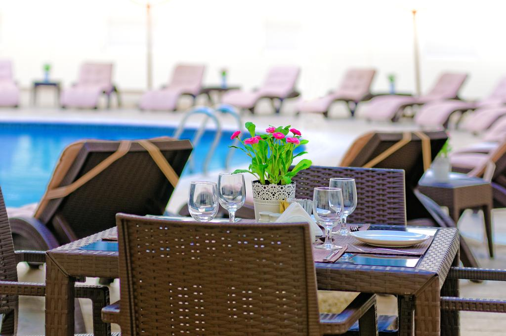 Golden Sands 5 Hotel Apartments