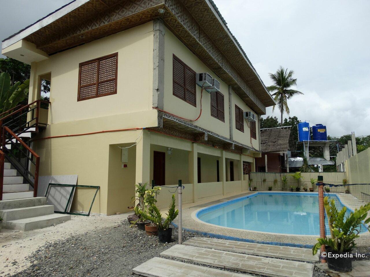 Whites And Greens Beach Resort