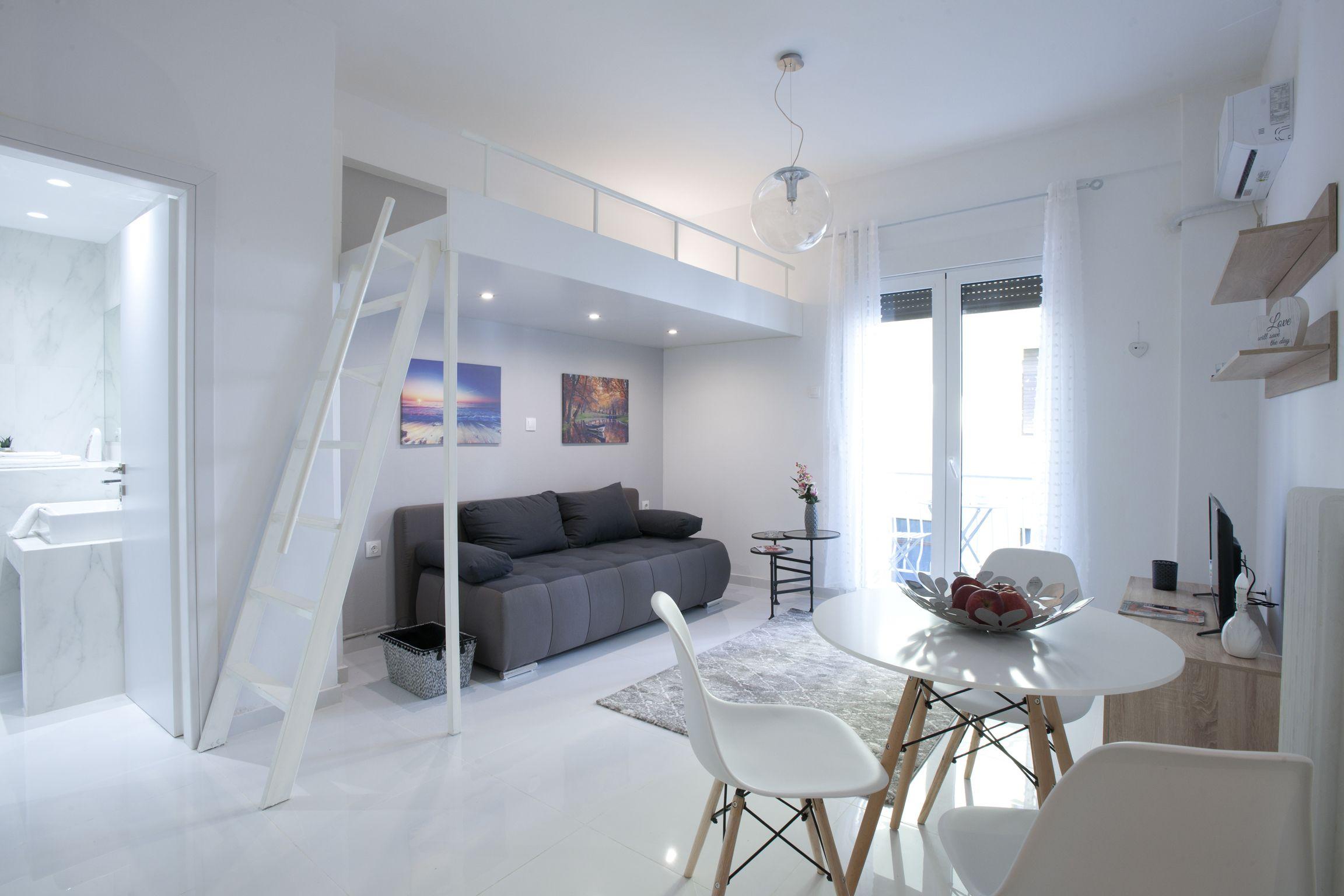 Victoria Square,  Cozy And Stylish Apartment