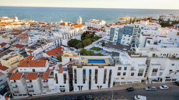 Hotel Colina Do Mar