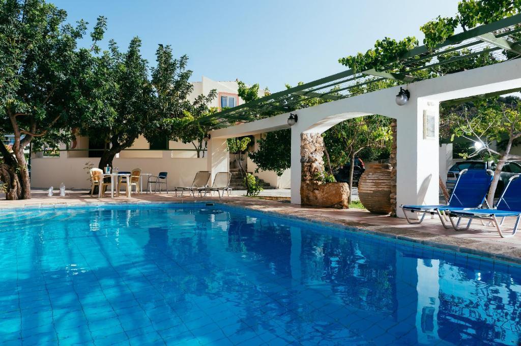 Ammoudara Beach Hotel/apartments