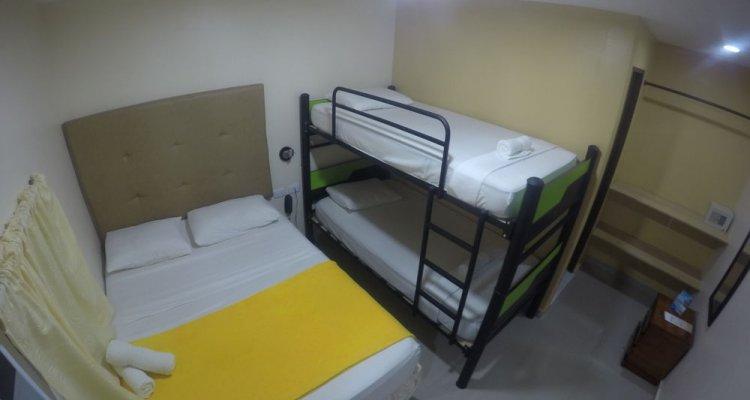 Hotel Azuan Suites