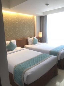 Adhi Jaya Sunset Hotel