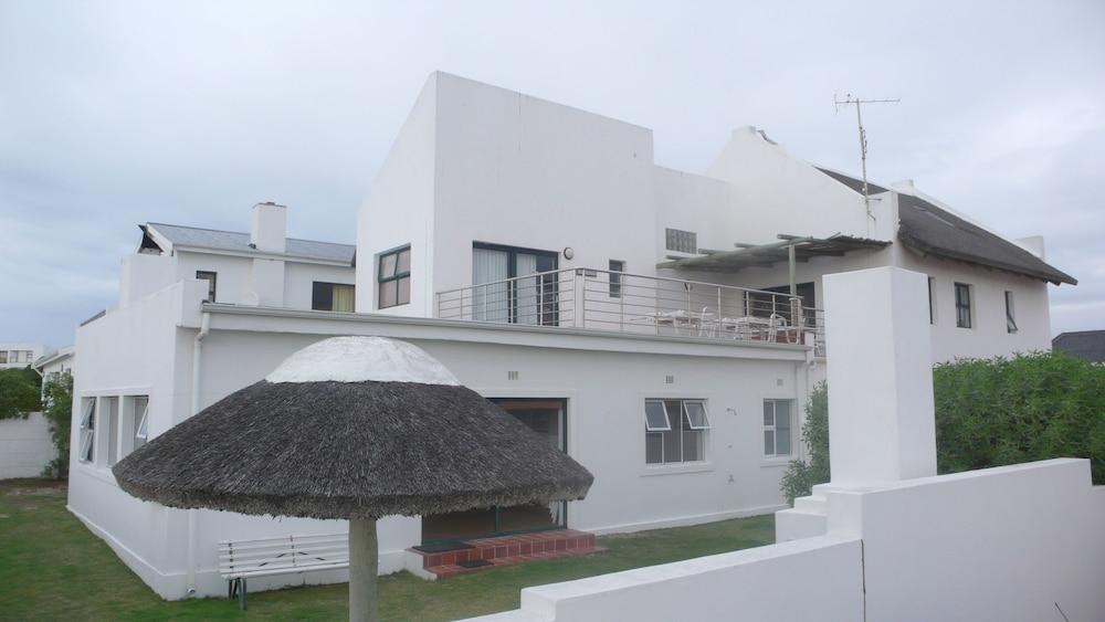 Arniston Seaside Cottages