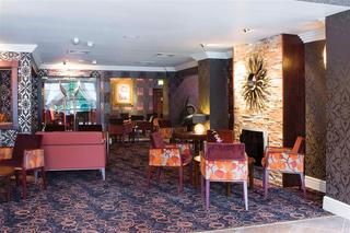 Warrington Fir Grove Sure Hotel Collection by BW