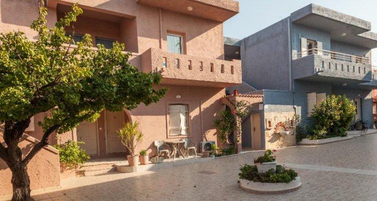 Evina Rooms & Villas
