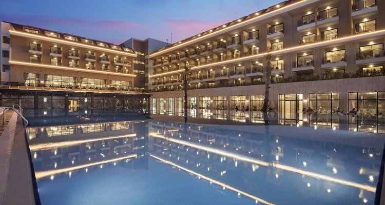 Aydinbey Queen's Palace & SPA - All Inclusive