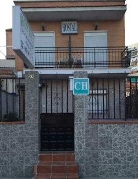 Hostal Avenida 57