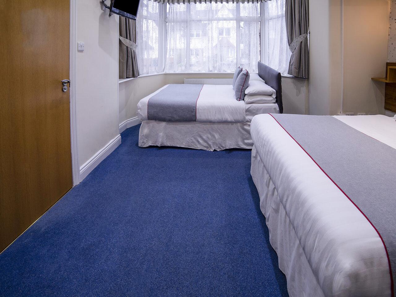 OYO Anchor Hotel