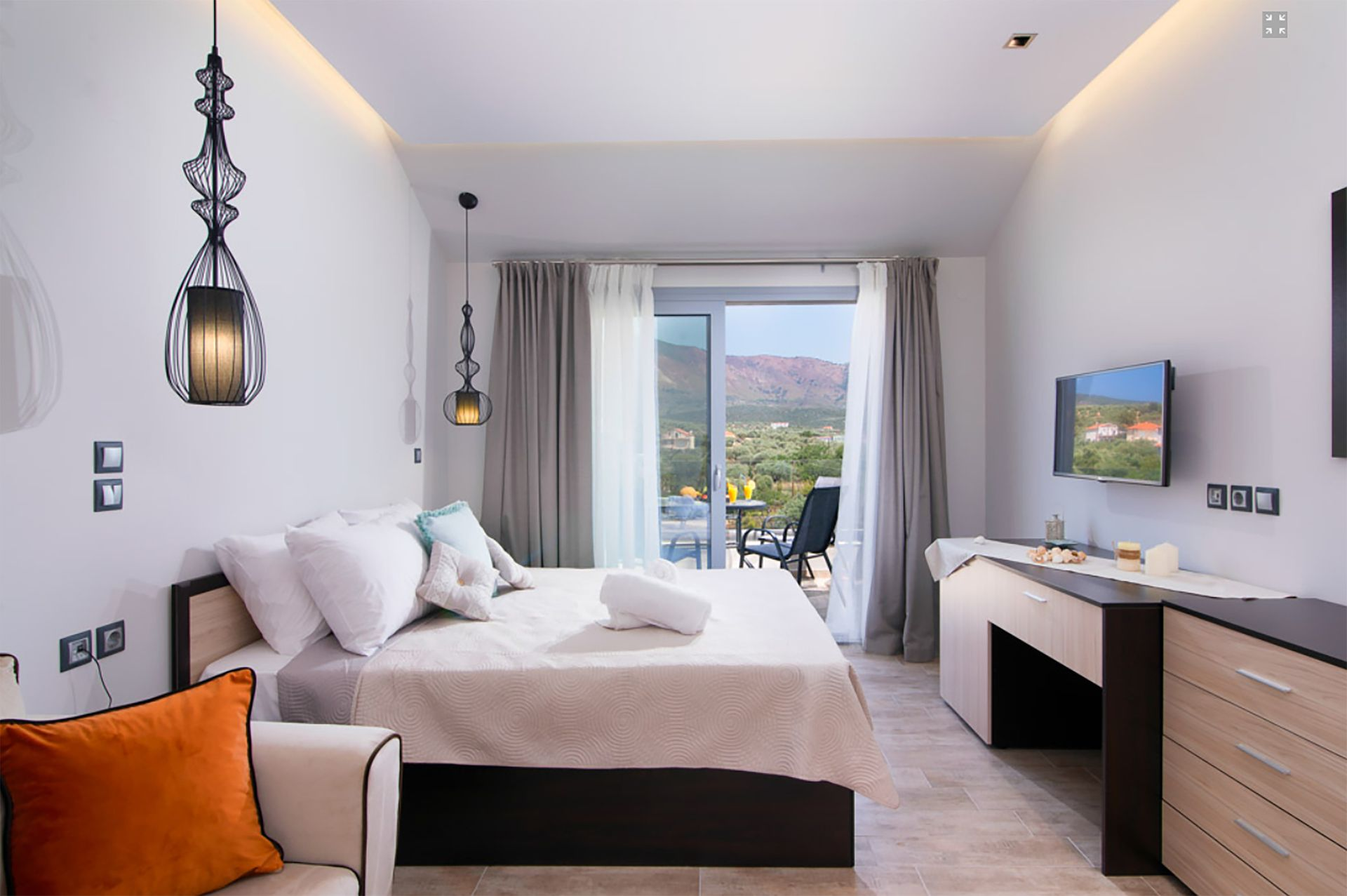 The Dome Luxury Hotel
