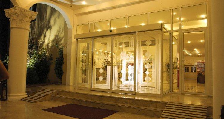 Orient Palace Hotel & Resort
