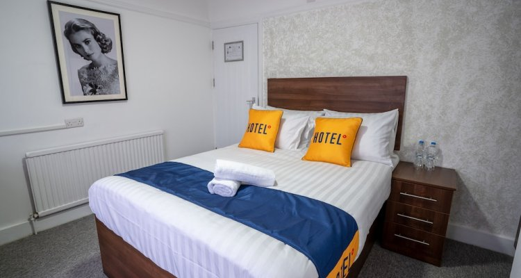 OYO Brunel Hotel