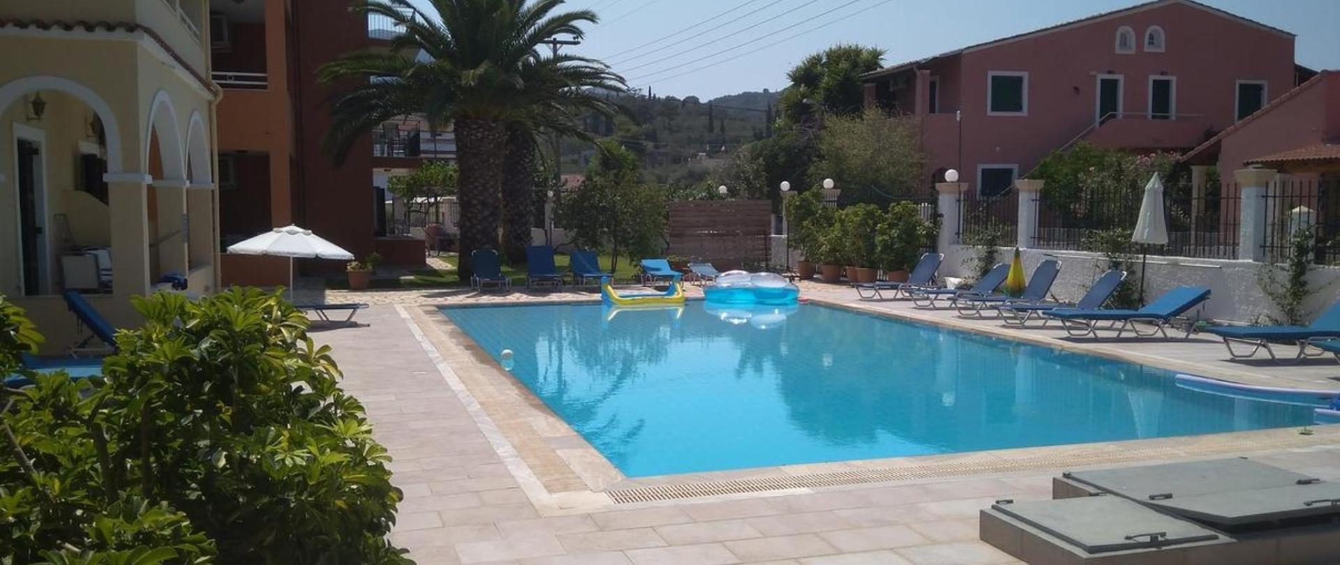 Katerina Pool Apartments