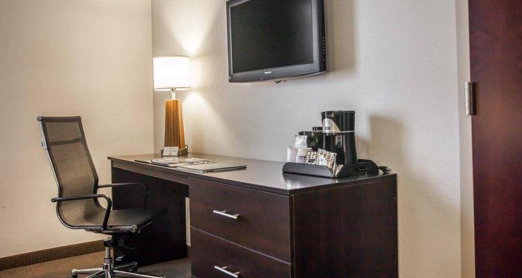 Sleep Inn & Suites Downtown Inner Harbor